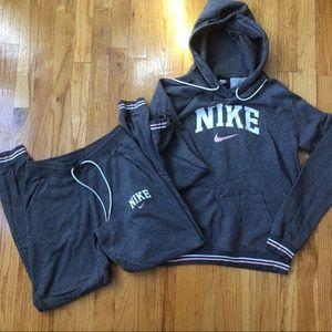 NWOT Nike varsity jogger pants and hoodie set